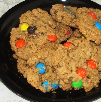 monster-cookies.jpg