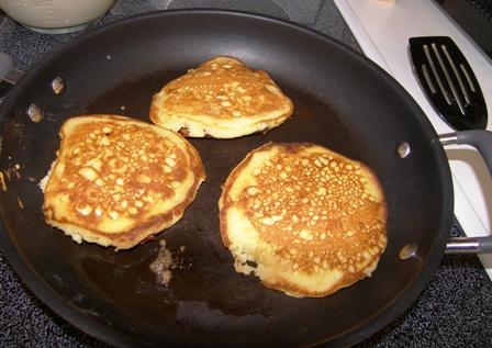 caramel-pancakes3.jpg