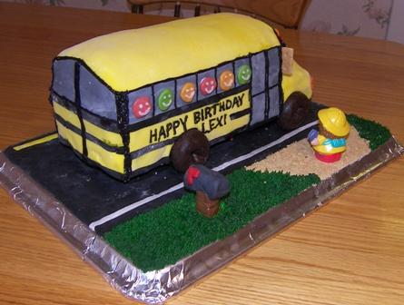 school-bus-cake3.jpg
