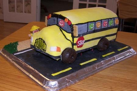 school-bus-cake5.jpg