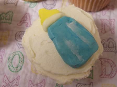 cupcakes-bottle.jpg