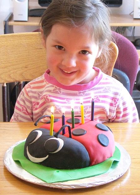 ladybug-cake-tiffany.jpg