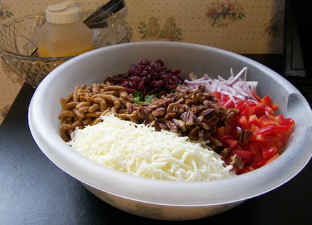 colorific-salad-b4-mixing.jpg