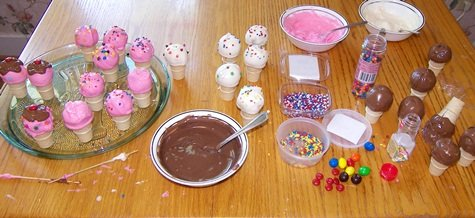 ice-cream-cone-cake-pops-making.jpg