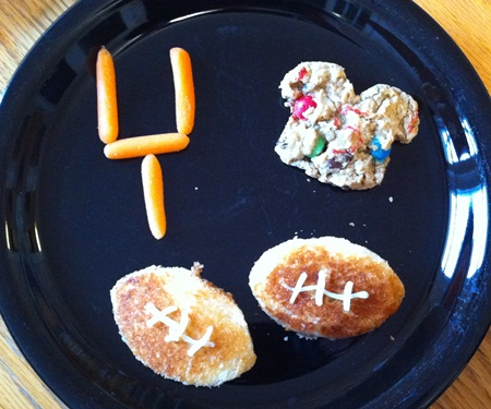 kid-lunch-football.jpg