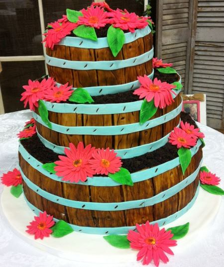 stacked wooden basket daisy cake