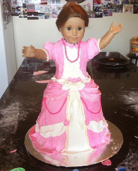 american girl doll cake3