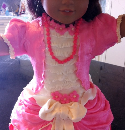 american girl doll cake5