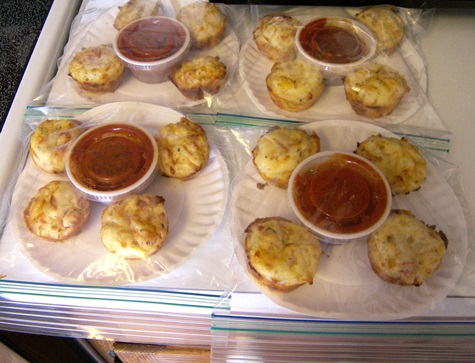 pepperoni pizza puffs lunch box